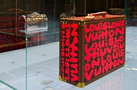 Louis Vuitton LOVES Bejing