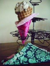 Ice cream cone cozies from Spincushion