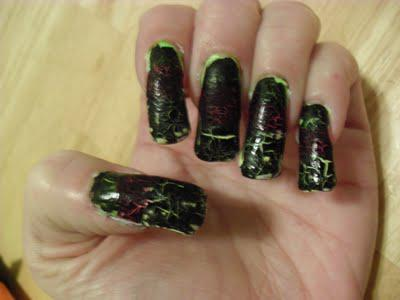 Sassy Nails Crackle Glaze Black