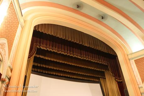 Eagles Theater in Wabash, Indiana: Grand Stage and Screen