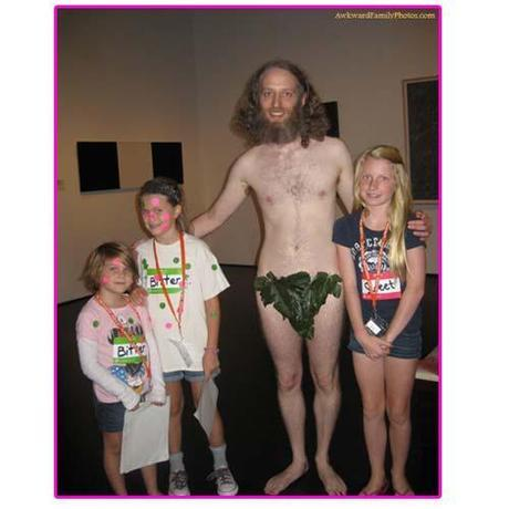 The Best Pictures by AwkwardFamilyPhotos .com