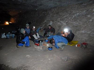 Vaalribbokkop and Zulu Caves, a hike with friends - June 2011
