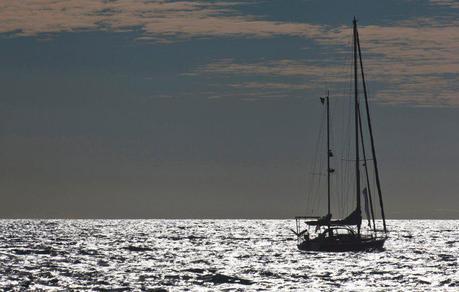 Solo Sailing Update: Laura Dekker Reaches Bora Bora