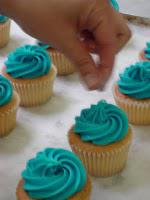Have a little Nibble on our Cupcakes!