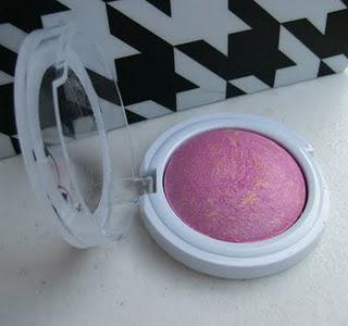 Hard Candy Baked Blush: Just Because It Sparkles Doesn't Mean It Shines