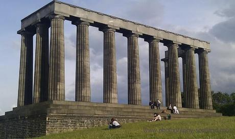 Photo - the folly on Calton Hill, Edinburgh