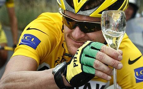 Floyd Landis Harassing Lance Armstrong On Twitter?!?