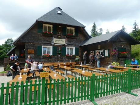hiking in the black forest_hut