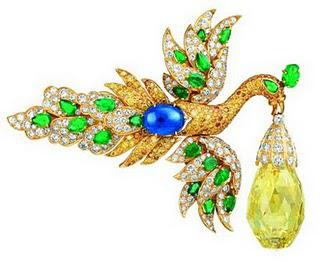 "Not to be Missed: ""Set in Style: The Jewelry of Van Cleef & Arpels"" at the Cooper-Hewitt through July 4."