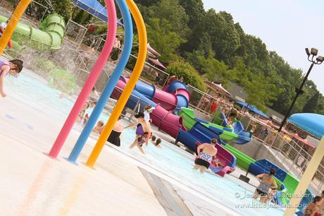 Holiday World in Santa Claus, Indiana: Free Drinks, Free Parking, Free Sunscreen