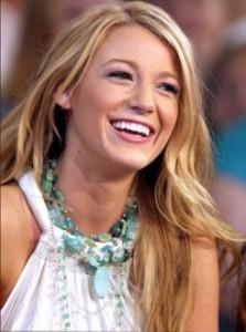 blakelively 1Fab Find Friday: Beachy Fashion