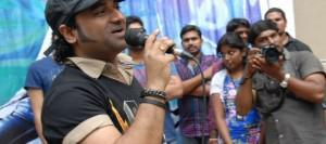 devi sri prasad mahesh babu 300x133 DSP Promises Fresh Music For Mahesh Babu Film