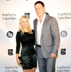 Elisha Cuthbert Engaged to Dion Phaneuf!