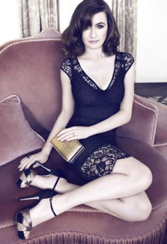 emily mortimer 2272420a 343x500 Emily Mortimer standing by her British roots for L.K.Bennett.
