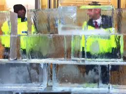 Climate Justice Collective builds ice blockade at Shell HQ in London