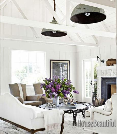California Beach Cottage - White and serene