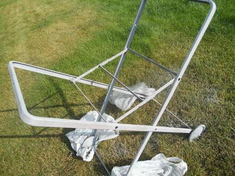 Primed Laundry Cart