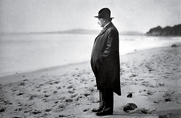 And what sort of story shall we hear? Einstein on the Beach