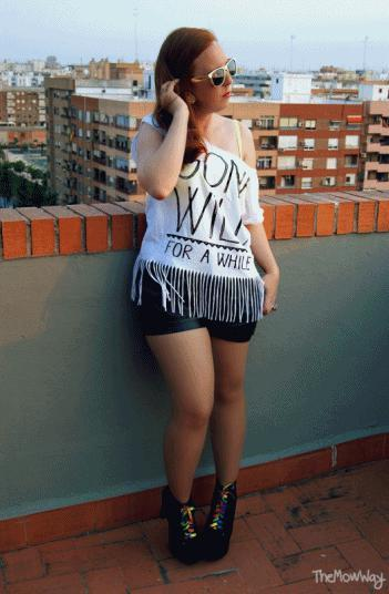 outfit themowway leather shorts rayban fringe top