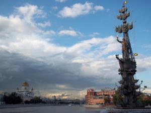 Monument to Peter the Great, the Moscow river and the cathedral of christ the saviour