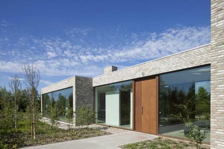 Villa Hendrikx by 70f Architecture