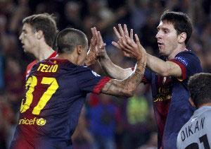tello celebrates with messi
