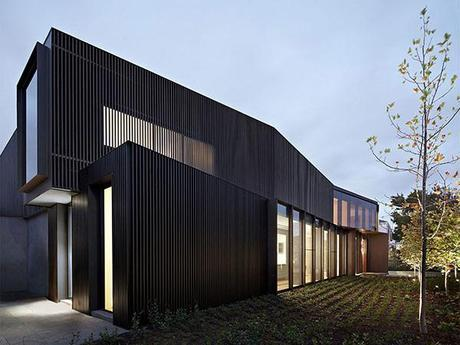 Shrouded House by INARC Architecture 4