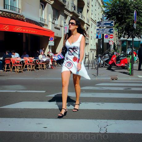 PARIS STREETS;  ROMANCE, CLICHES AND LOST GIRLS!!