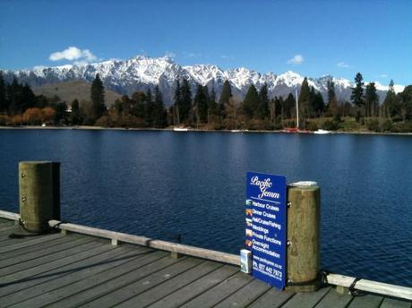 pub crawl in queenstown