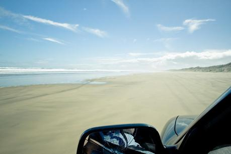 Nz_90_miles_beach_car31