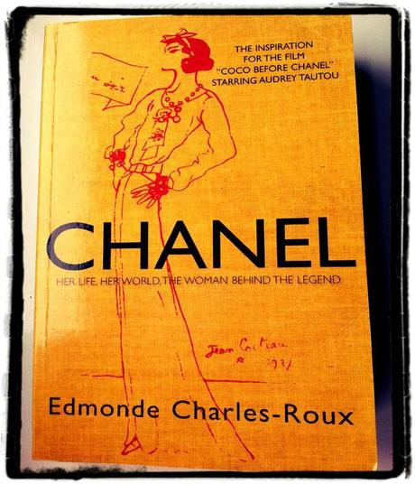 Bargain Hunting : Chanel Book