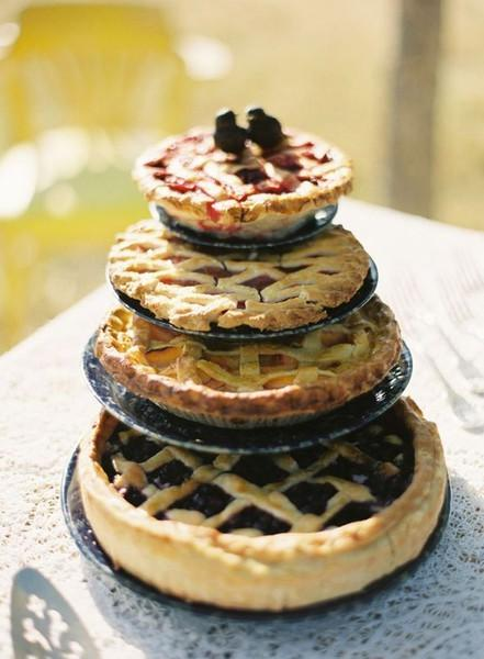 Alternative Wedding Cake: Wedding Pies