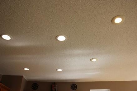 Lit LED Flood Lights