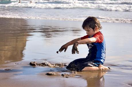 Nz_piha_child1