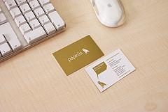 4 Reasons Why You Need a Business Card At All Times
