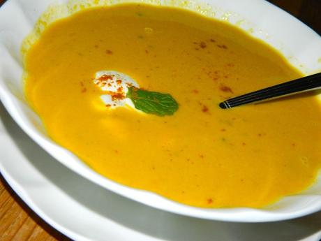 apple pumpkin curry soup