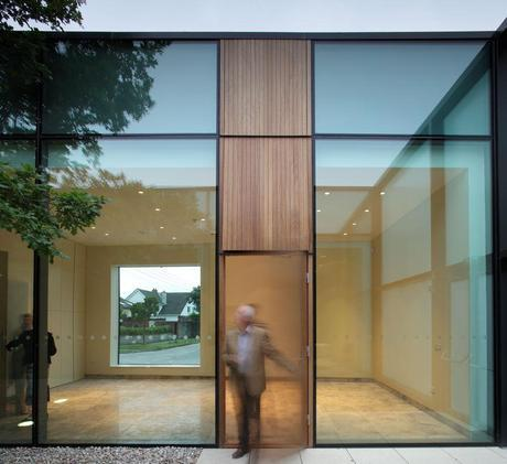 Centro Parroquial Ballyroan by Box Architecture