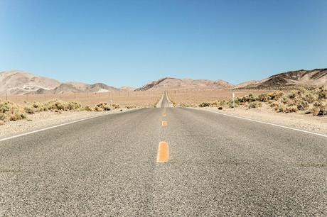 Us_death_valley_road_img_3549_preview