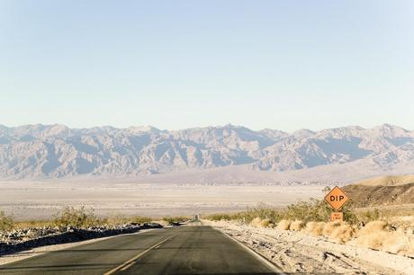 Us_death_valley_road_img_3712_preview