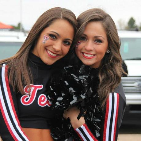 Texas Tech Cheerleaders Look To Rebound