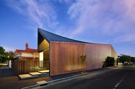 Harold Street residence by Jackson Clements Burrows architects