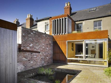 Extension in the liberties by Donaghy Dimond Architects