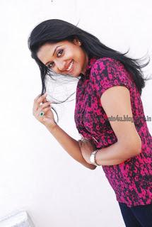 Vimala Raman - Latest Photoshoot HQ (25)