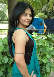 Hot n Sexy Indian Stars: Anjali - Latest Hot Pics in Sleeveless Top