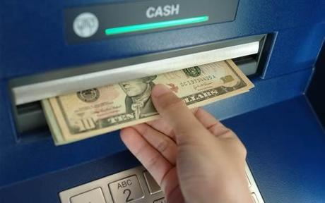 ATM Cash Retraction