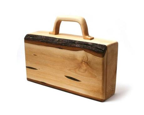 Wooden fashion accessories
