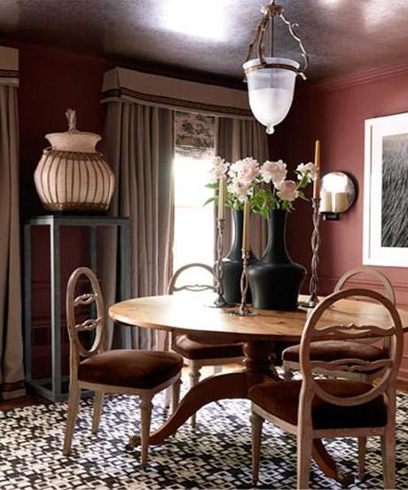 decor small room color1 Dark Colors in Small Spaces HomeSpirations