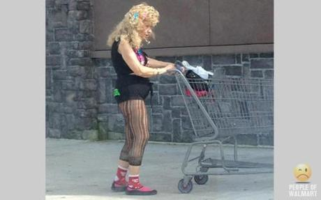 People of Walmart: The I'm-Delusional Edition