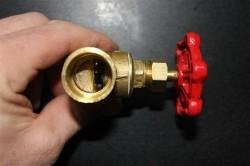 Stop valve halway open