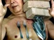 Meet Liew Thow Lin, Human Magnet